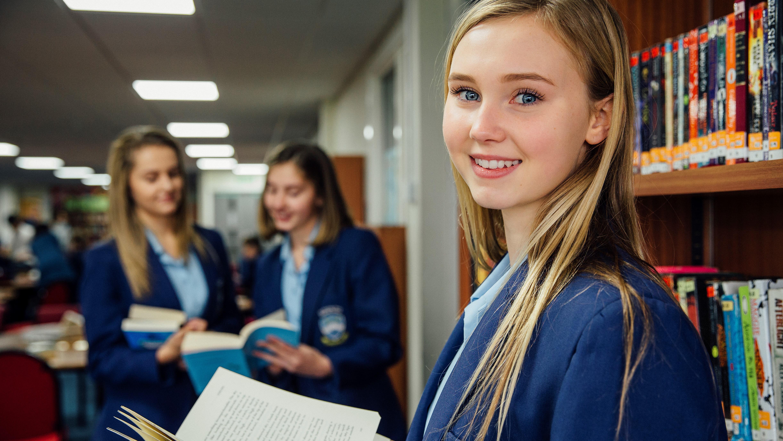 Старшие классы в Англии: 5 сильных школ для подростка