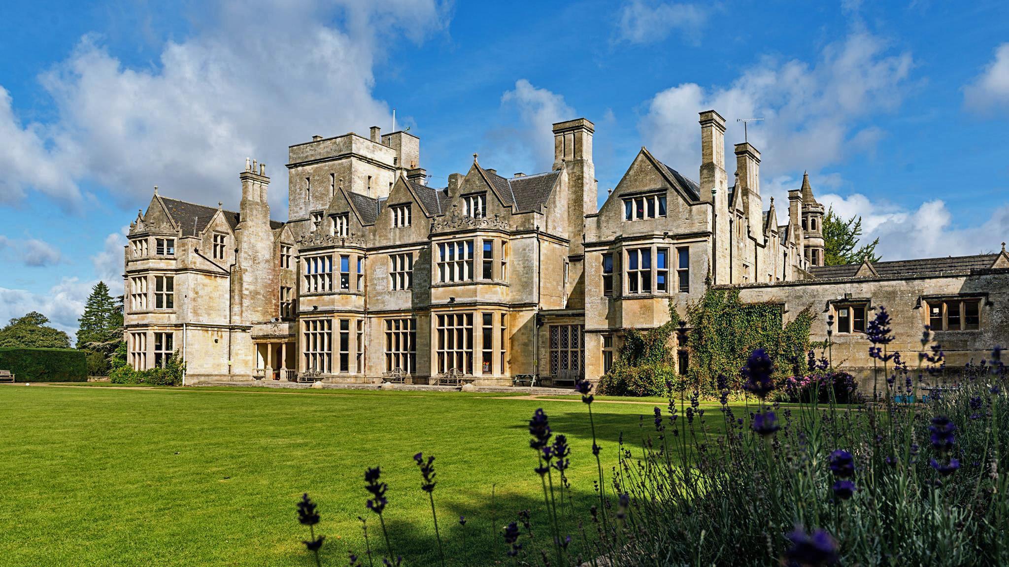Hatherop Castle School