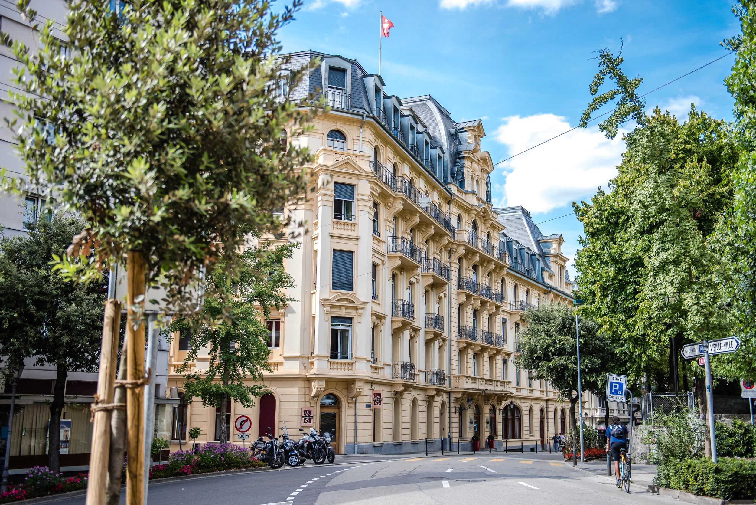 Hotel Institute Montreux (HIM)