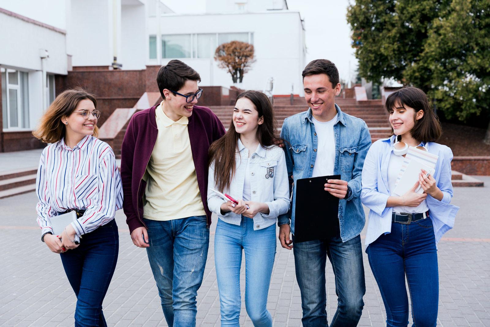 Подростковые и молодежные лагеря за границей