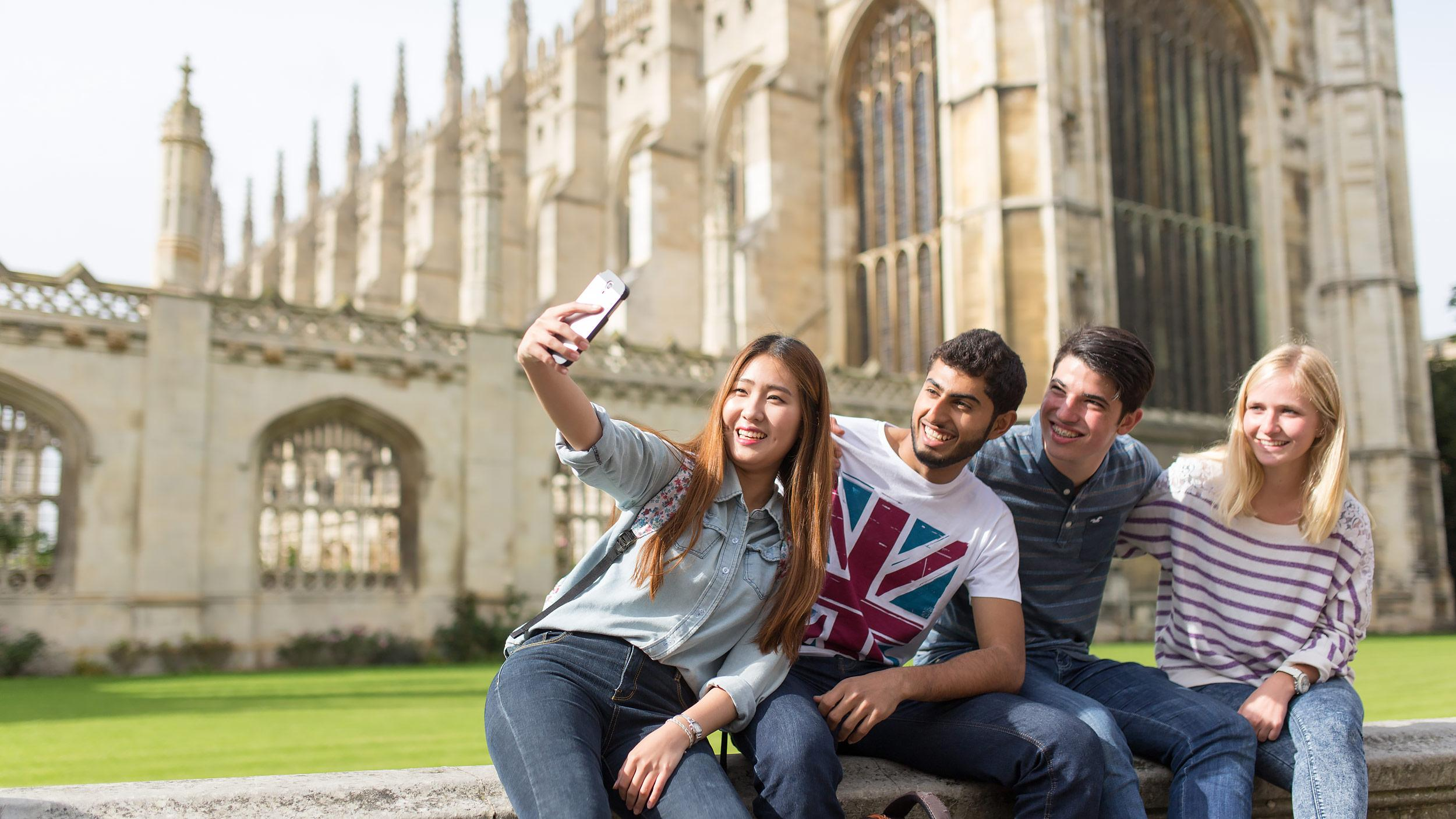 Kaplan International Colleges - Undergraduate pathways в Великобритании